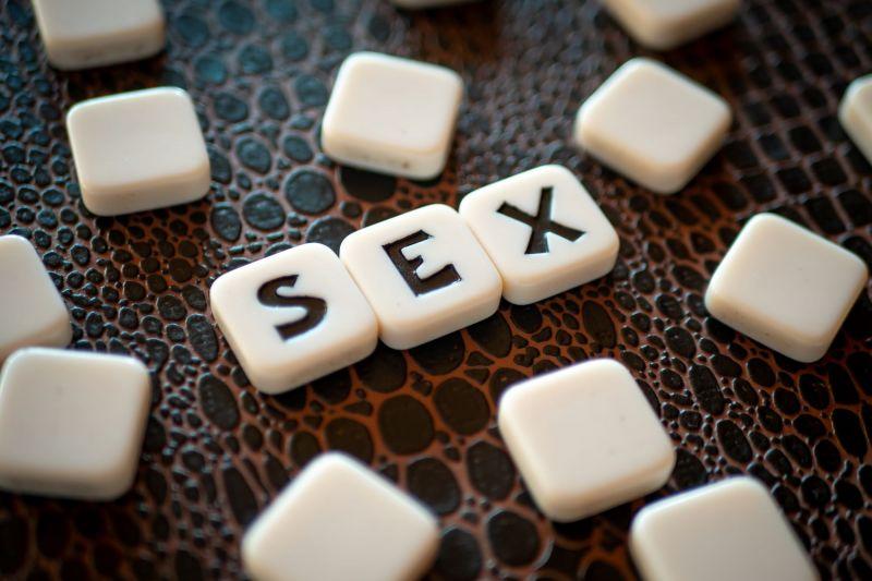 Crossword pieces spelling the word sex