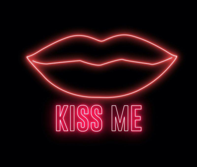 Graphics of lips and sign saying Kiss Me