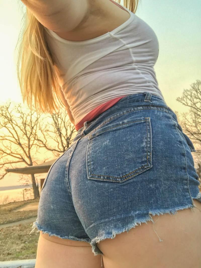 college student selling panties